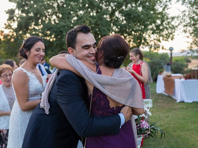 La boda de Daniel y Lidia en Vilademuls, Girona 33
