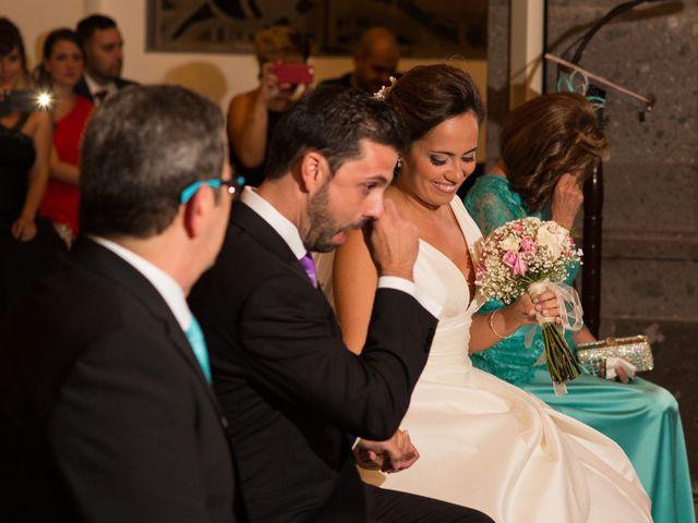 La boda de Alejandro y Natalia en Las Palmas De Gran Canaria, Las Palmas 12