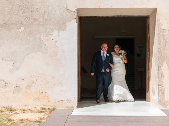 La boda de Antonio y Rocio en San Fernando, Cádiz 16