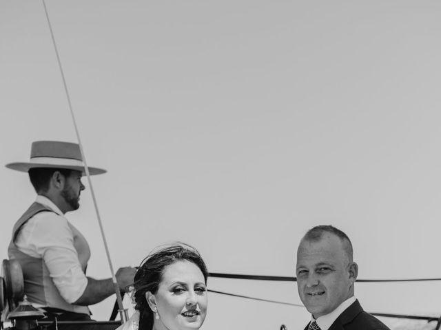 La boda de Antonio y Rocio en San Fernando, Cádiz 18