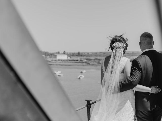 La boda de Antonio y Rocio en San Fernando, Cádiz 22