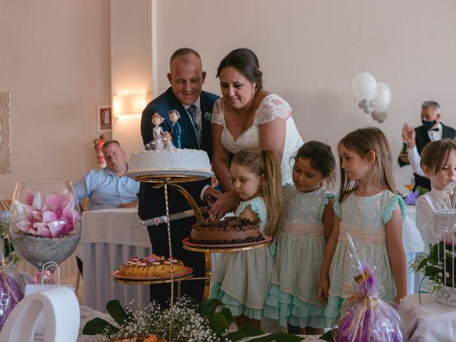 La boda de Antonio y Rocio en San Fernando, Cádiz 28