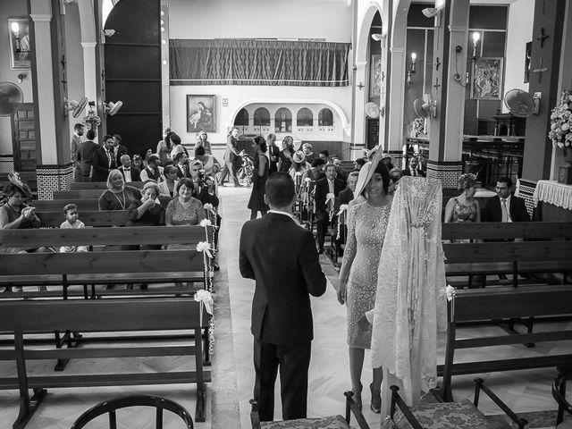 La boda de Cañete y Belen en Gines, Sevilla 5
