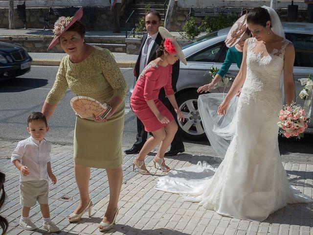 La boda de Cañete y Belen en Gines, Sevilla 7
