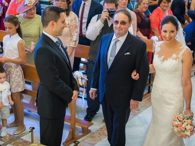 La boda de Cañete y Belen en Gines, Sevilla 8