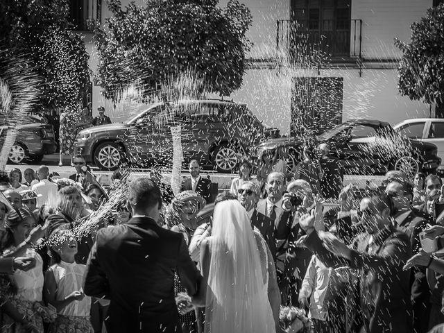 La boda de Cañete y Belen en Gines, Sevilla 19