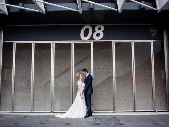 La boda de Jorge y Josune en Bilbao, Vizcaya 16