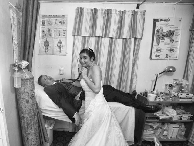 La boda de Toni y María en Santo Domingo (Trazo), A Coruña 33