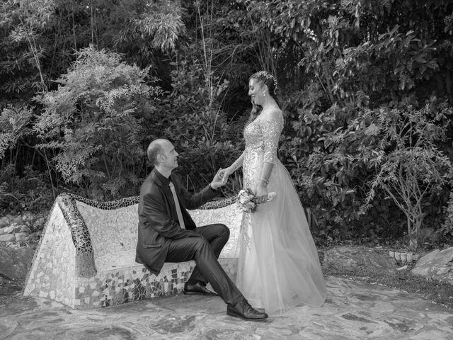 La boda de Carlos y Laura en Sabadell, Barcelona 15