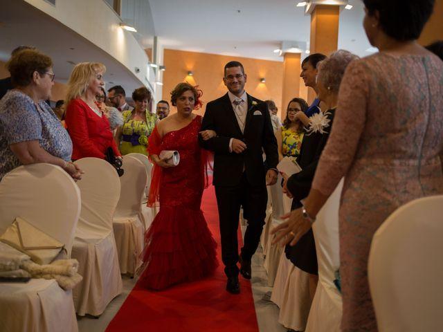 La boda de Chema y Noelia en Salobreña, Granada 26
