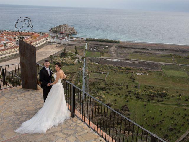 La boda de Chema y Noelia en Salobreña, Granada 36