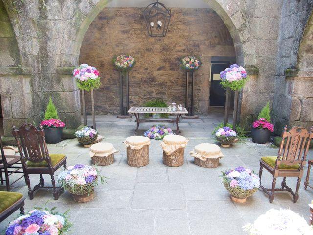 La boda de Daniel y Tatiana en San Tirso (Mens), A Coruña 1