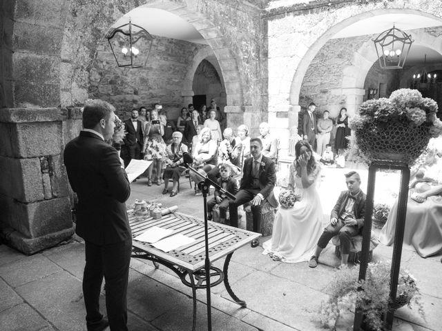 La boda de Daniel y Tatiana en San Tirso (Mens), A Coruña 10