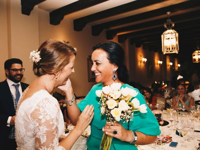 La boda de Miguel Ángel y Lorena en Trujillo, Cáceres 38