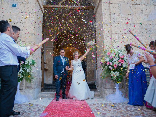 La boda de Juan y Noe en Casas Ibañez, Albacete 7