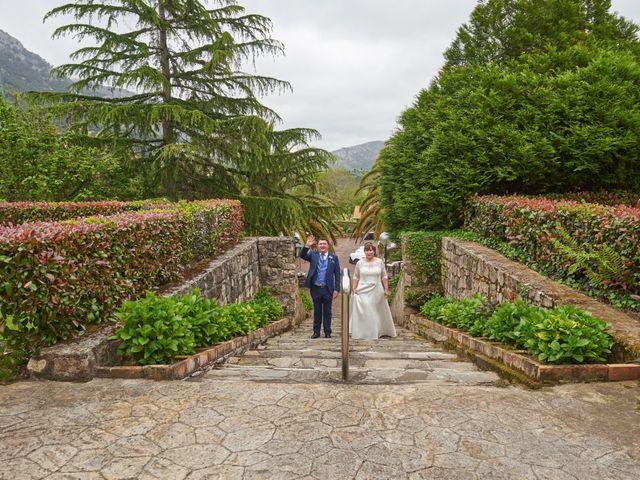 La boda de Clemente y María José en Panes, Asturias 22