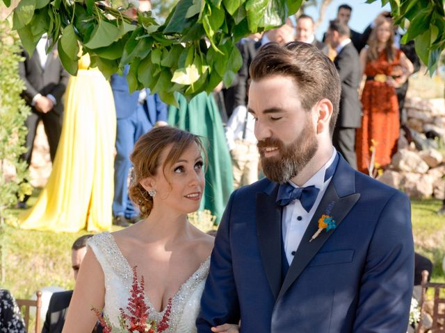 La boda de Borja y Sarai en Cuenca, Cuenca 31