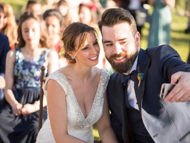 La boda de Borja y Sarai en Cuenca, Cuenca 34