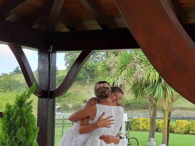 La boda de Iosune y Olga en Laukiz, Vizcaya 7