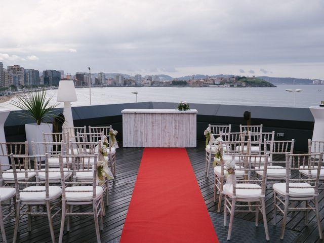 La boda de Diego y Paula en Gijón, Asturias 7