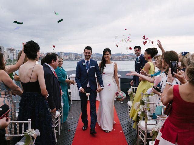 La boda de Diego y Paula en Gijón, Asturias 32