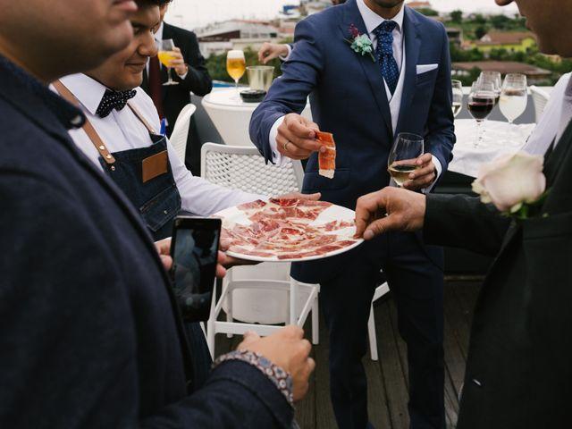 La boda de Diego y Paula en Gijón, Asturias 38