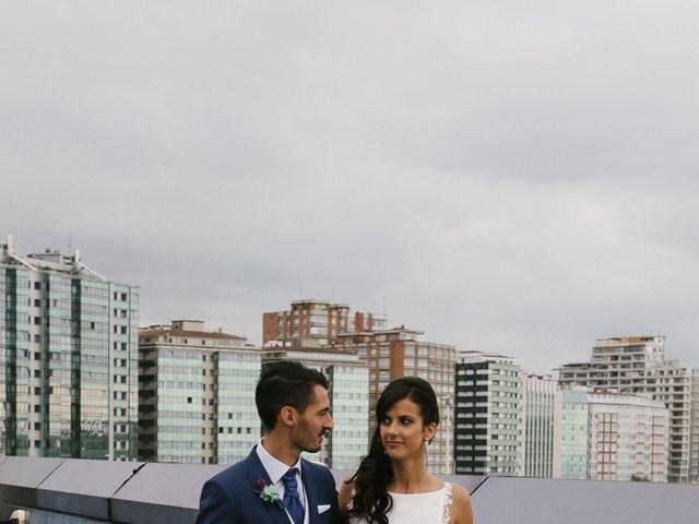 La boda de Diego y Paula en Gijón, Asturias 40