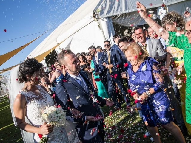 La boda de Pablo y Angela en Santa Amalia, Badajoz 37