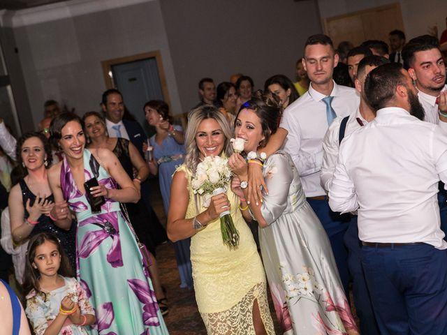 La boda de Pablo y Angela en Santa Amalia, Badajoz 56