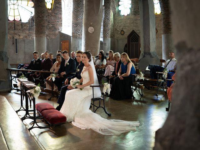 La boda de Jon y Mónica en Vilanova Del Valles, Barcelona 3