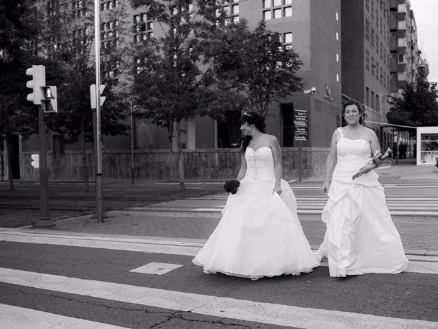 La boda de Patricia y Irune en Bilbao, Vizcaya 13