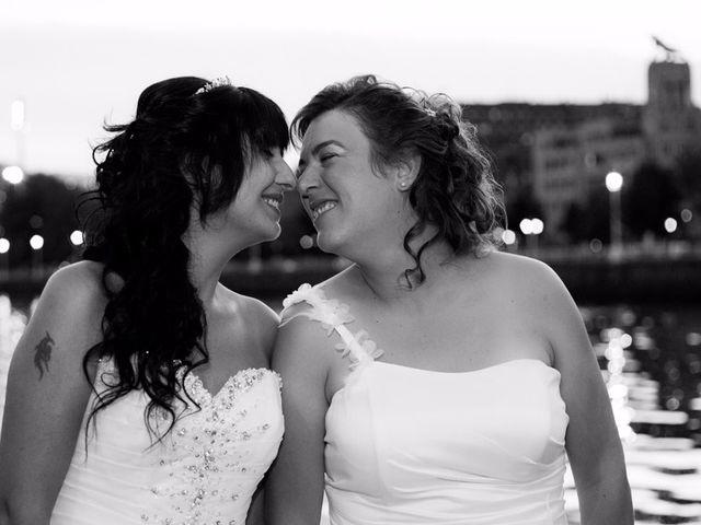 La boda de Patricia y Irune en Bilbao, Vizcaya 17