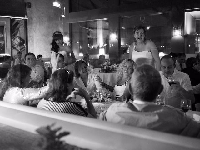 La boda de Patricia y Irune en Bilbao, Vizcaya 20