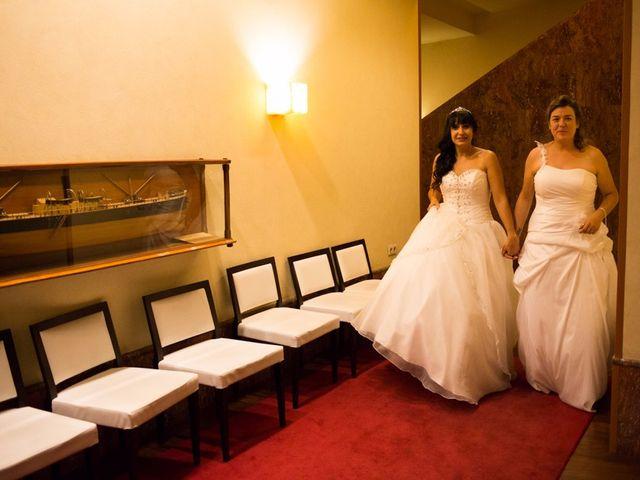 La boda de Patricia y Irune en Bilbao, Vizcaya 22