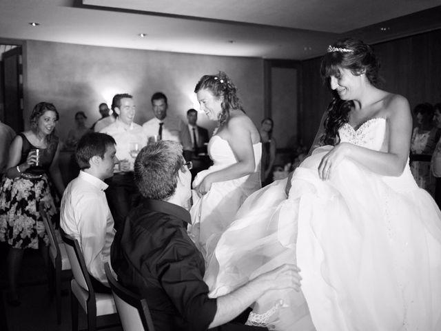 La boda de Patricia y Irune en Bilbao, Vizcaya 24