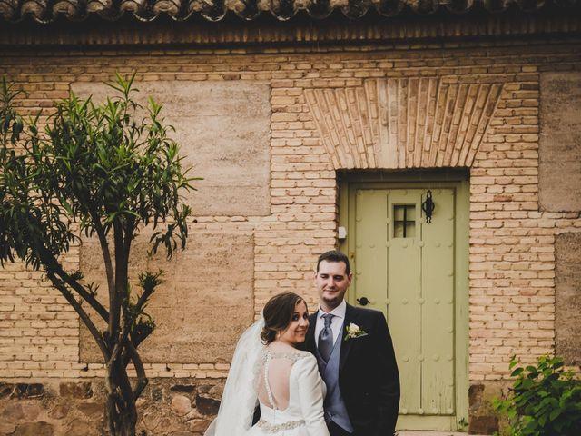 La boda de Santiago y Pilar en Bolaños De Calatrava, Ciudad Real 27