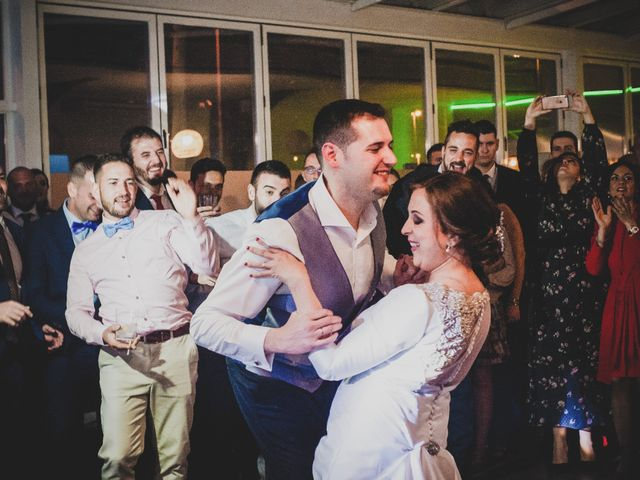 La boda de Santiago y Pilar en Bolaños De Calatrava, Ciudad Real 41