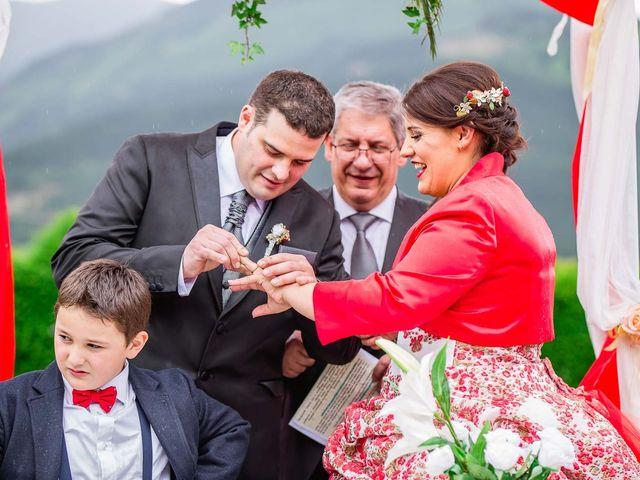 La boda de Iker y Janire en Dima, Vizcaya 18