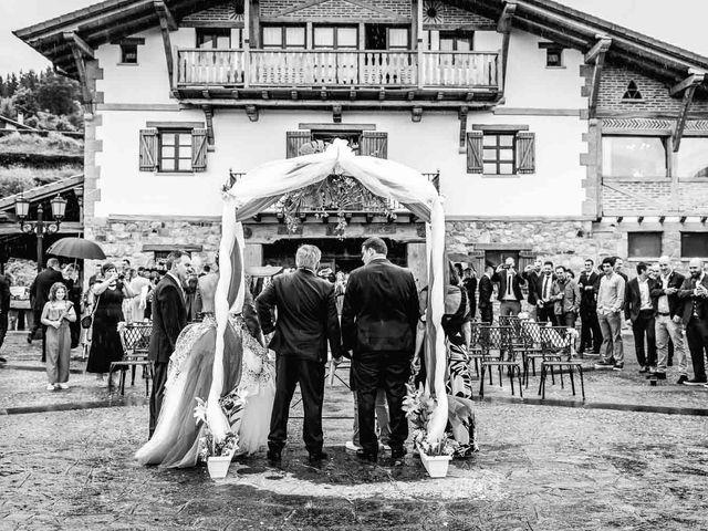 La boda de Iker y Janire en Dima, Vizcaya 37
