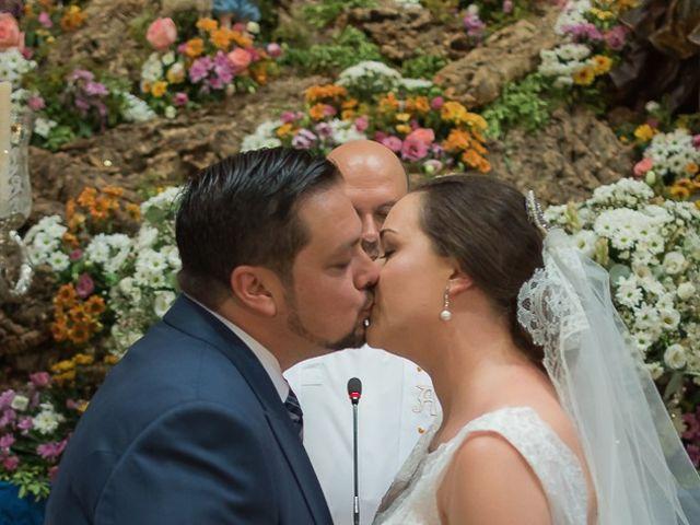 La boda de Jesús y Elena en Sevilla, Sevilla 36