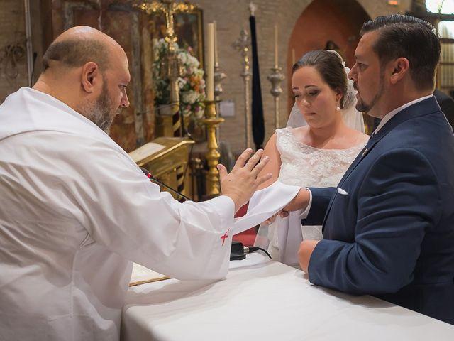 La boda de Jesús y Elena en Sevilla, Sevilla 39