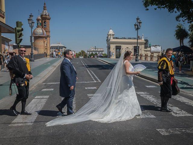 La boda de Jesús y Elena en Sevilla, Sevilla 69