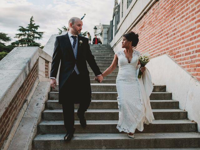 La boda de Yago y Noemi en Madrid, Madrid 83