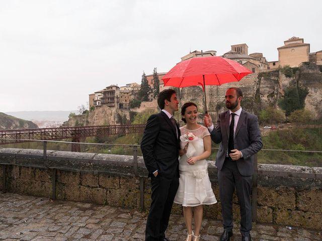 La boda de Álvaro y Irene en Cuenca, Cuenca 43