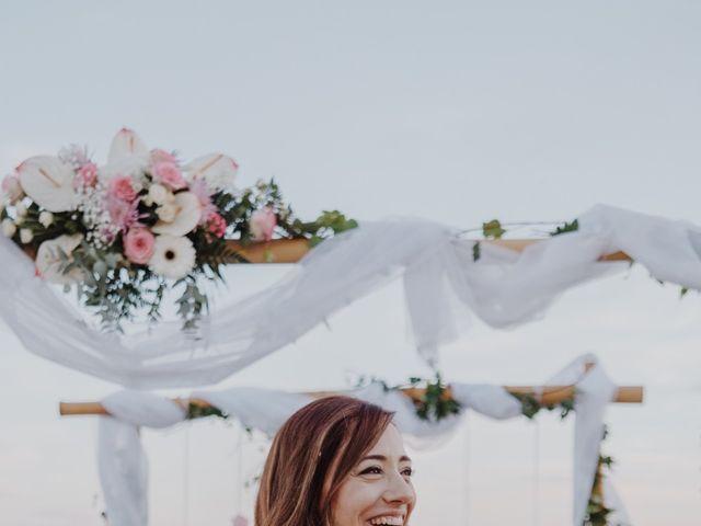 La boda de Román y María José en Mareny Blau, Valencia 14