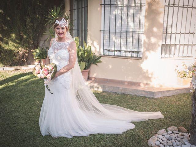 La boda de Carlos y Carmen en Montequinto, Sevilla 5