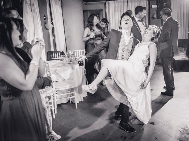 La boda de Carlos y Carmen en Montequinto, Sevilla 32