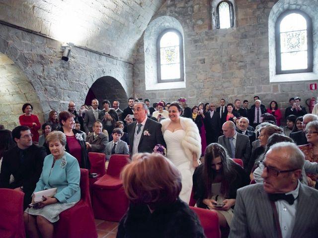 La boda de Iker y Ana en Pamplona, Navarra 18