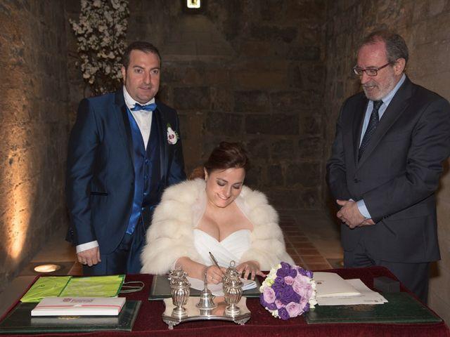 La boda de Iker y Ana en Pamplona, Navarra 23