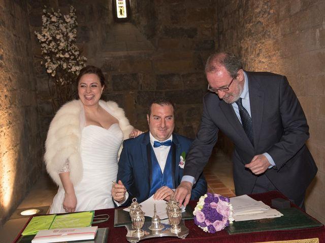 La boda de Iker y Ana en Pamplona, Navarra 24